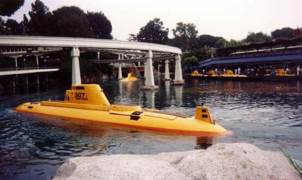 Related keywords suggestions for submarine voyage for Sejour complet disneyland